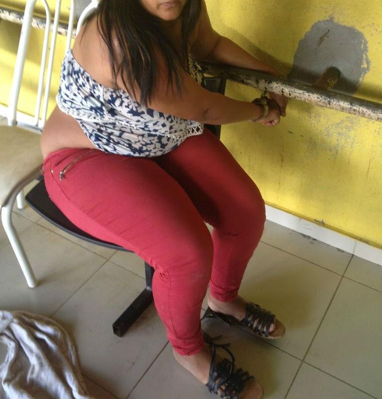 Venezuelana é presa suspeita de furtar celular de estudante em terminal de ônibus de Boa Vista