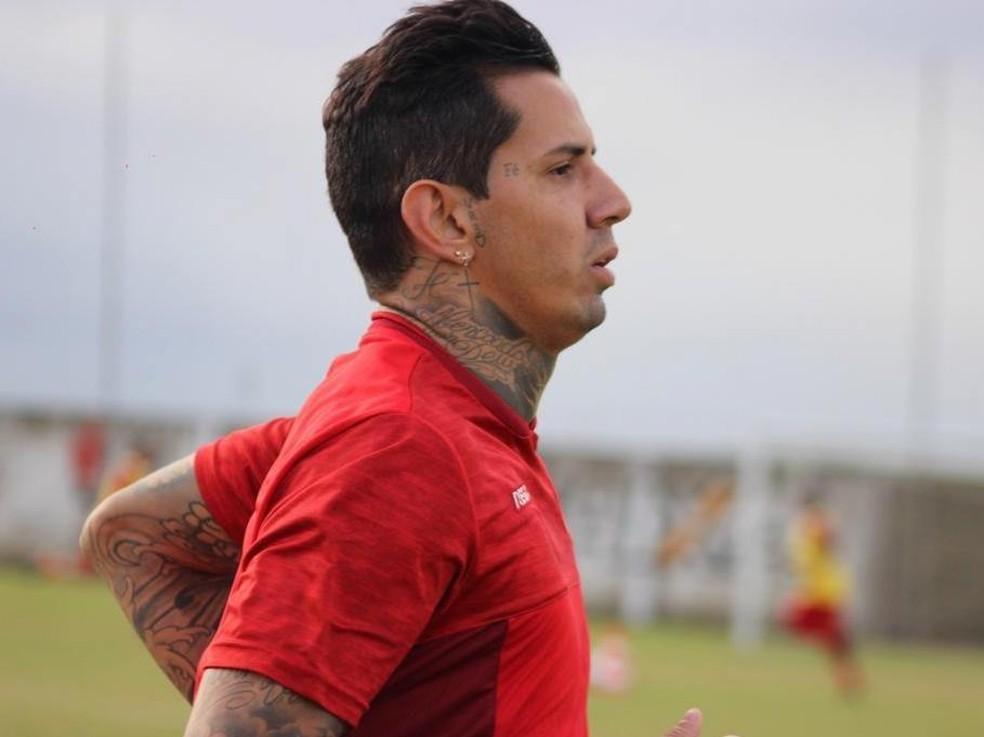 Victor Ramos disputou até agora quatro jogos pelo CRB — Foto: Gustavo Henrique/ASCOM CRB