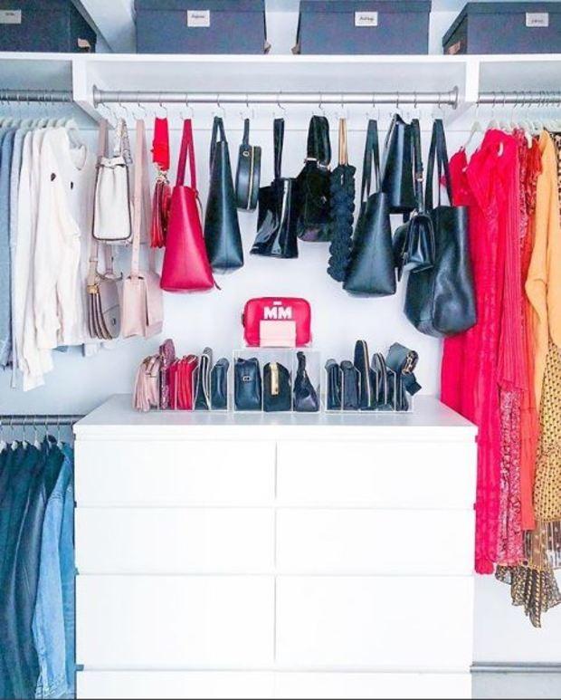 Mandy Moore, a matriarca da badalada série This Is Us, teve closet e despensa arrumados (Foto: The Home Edit/Reprodução)