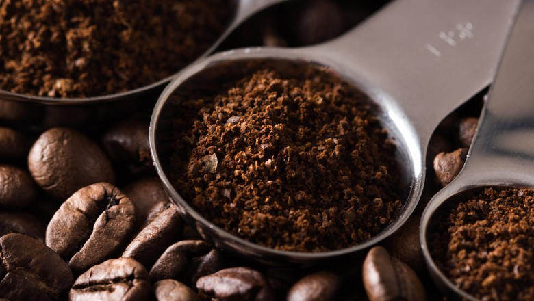 café-grãos-pó (Foto: Getty Images)