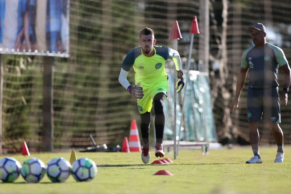 ... Elias tem contrato até 2021 com a Chapecoense — Foto  Sirli Freitas  Chapecoense 7316049df28ae