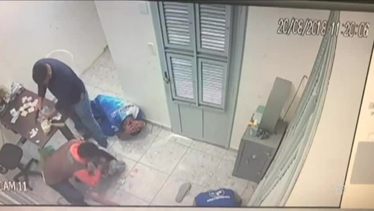 Câmeras de segurança registram assalto em posto de combustíveis no Ceará