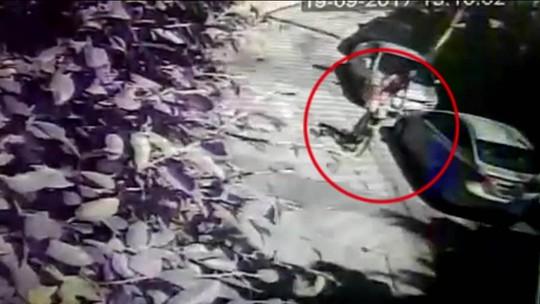 Mulher é esfaqueada e outra é baleada em duas tentativas de assalto no Rio