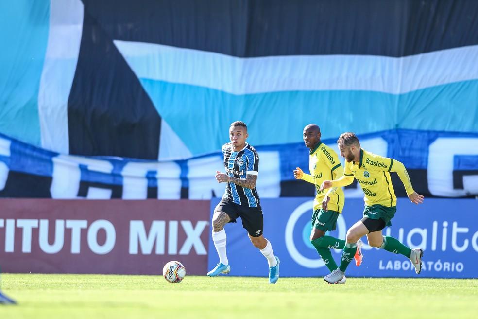Everton passou em branco novamente contra o Ypiranga — Foto: Lucas Uebel / Grêmio FBPA