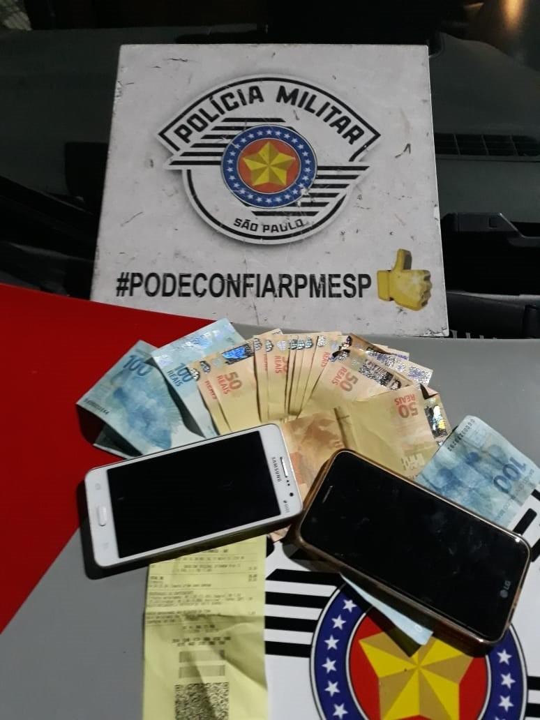 Adolescente e jovem são detidas com R$ 1 mil em notas falsas no Centro de Taubaté - Noticias