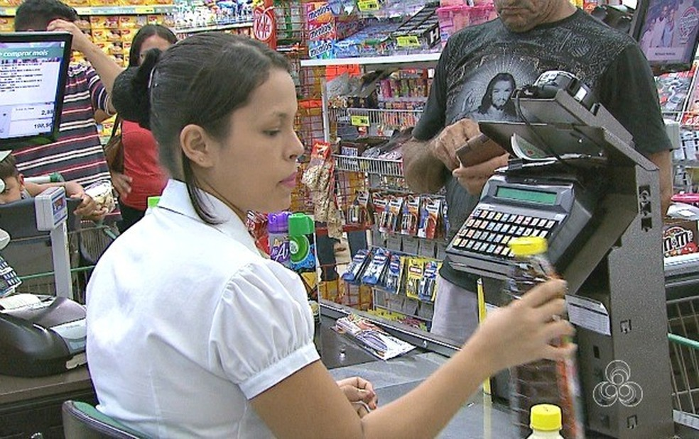 Operadora de caixa é uma das vagas disponíveis em Rio Preto (Foto: Reprodução)