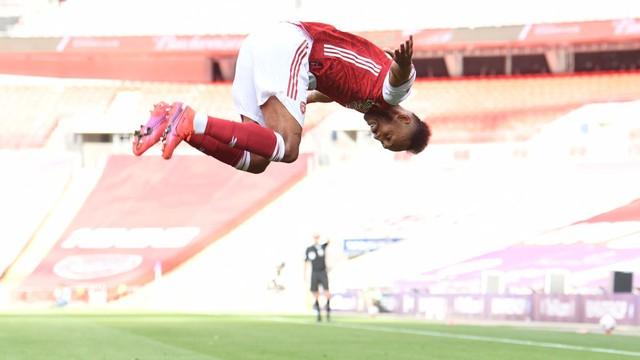 Aubameyang comandou a vitória do Arsenal sobre o Chelsea na Copa da Inglaterra
