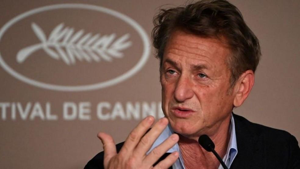 Ator Sean Penn exige que todos os integrantes da série Gaslit sejam vacinados — Foto: Getty Images via BBC