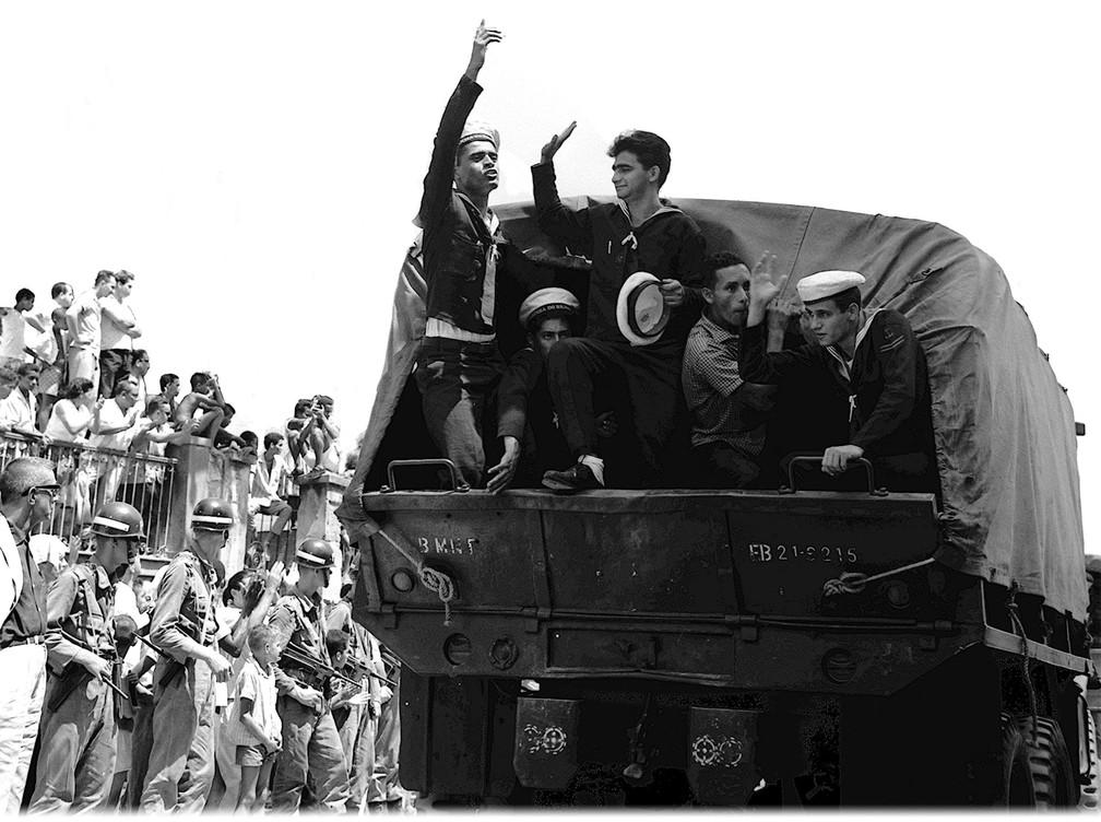 Imagem da Revolta dos Marinheiros, que aconteceu em 24 de março de 1964 no Rio — Foto: Arquivo/O Globo
