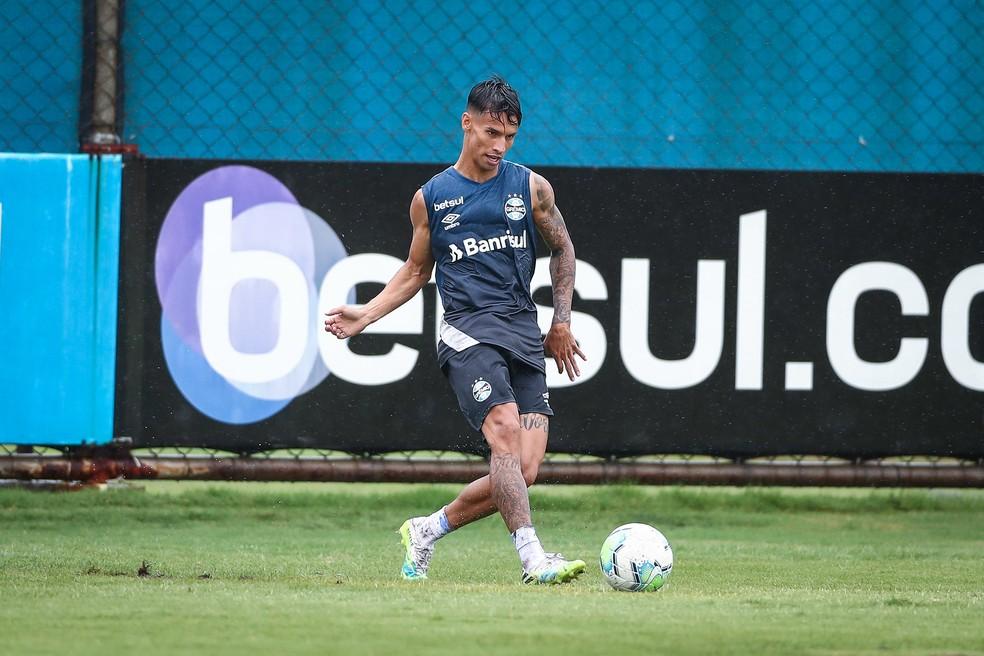Ferreira será novamente titular do Grêmio — Foto: Lucas Uebel / Grêmio FBPA