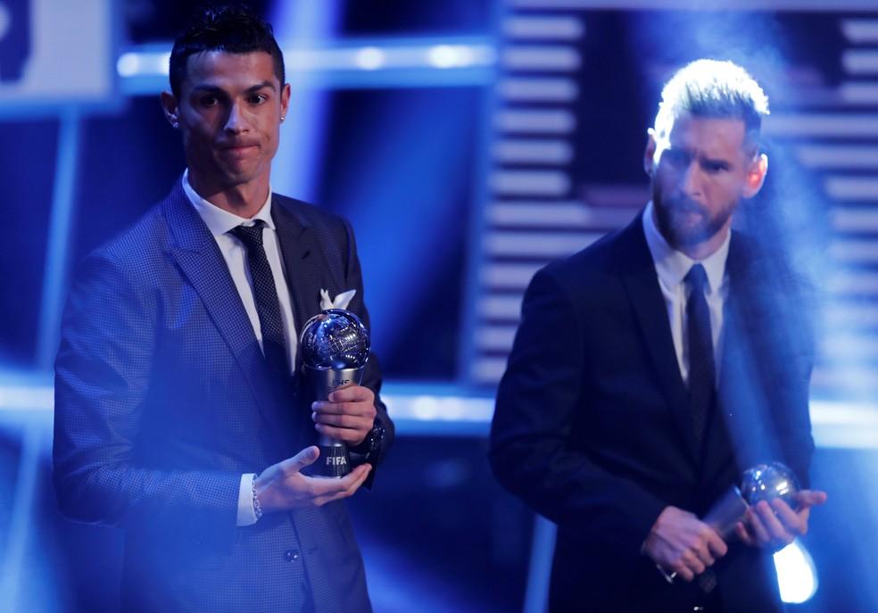 Cristiano Ronaldo e Messi: à frente de Neymar no prêmio 2016/17 (Foto: Reuters)