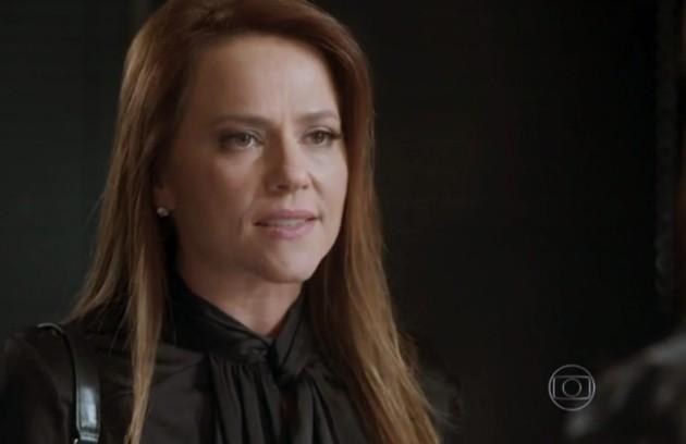 Na quarta-feira (23), Lili descobre que está grávida e diz a Euzébia que o bebê é de Germano  (Foto: TV Globo)