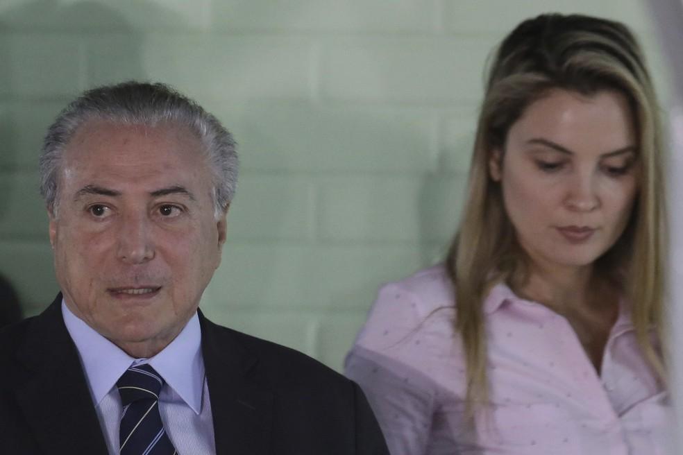 O presidente Michel Temer deixa hospital em Brasília (Foto: Eraldo Peres/AP)