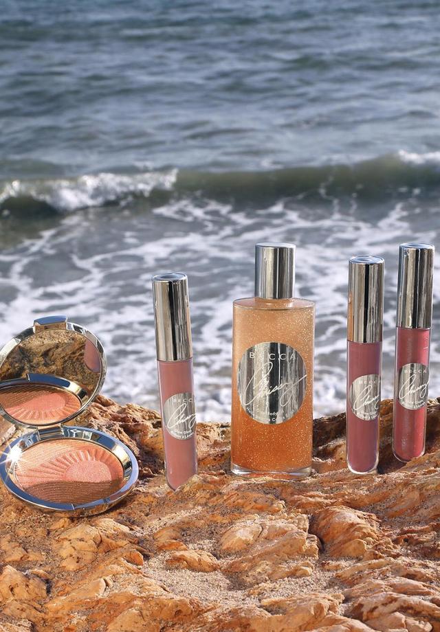 A nova coleção de Chrissy Teigen para a Becca Cosmetics (Foto: Instagram Becca Cosmetics/ Reprodução)