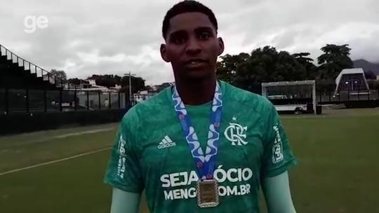 Goleiro do Flamengo relata que foi vítima de injúria racial de torcedores do Vasco na final do Carioca Sub-20