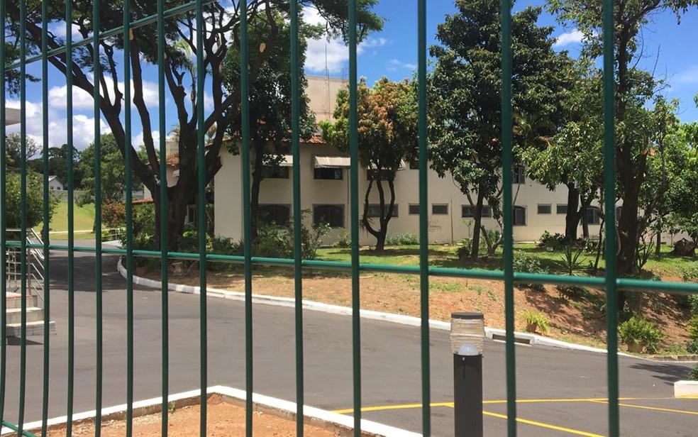 Fachada da Casa Irmão Luciano Brandão, em BH, onde o Padre Quevedo morreu — Foto: Carlos Eduardo Alvim/TV Globo