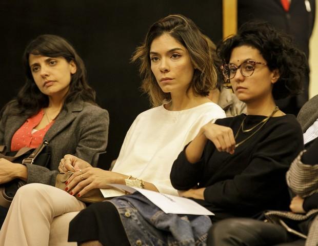 Leticia Oliveira Costa, diretora de comunicação da editora Planeta; Laura Ancona, diretora de redação de Marie Claire; e Karen Ka, diretora de arte da revista (Foto: Mariana Pekin)