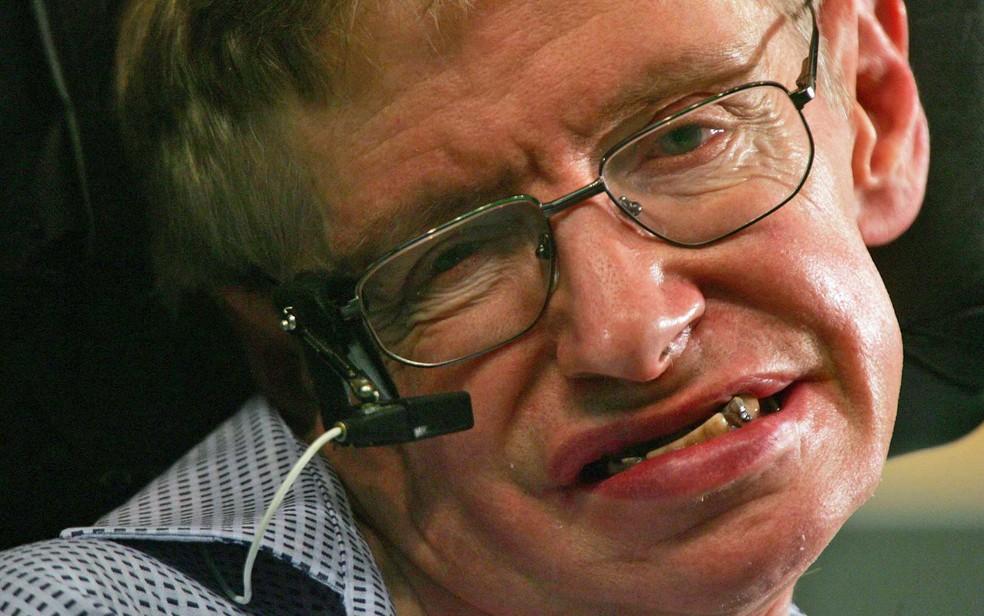 Stephen Hawking na Universidade de Ciência e Tecnologia de Hong Kong, em 2006 (Foto: Paul Yeung / Arquivo / Reuters)