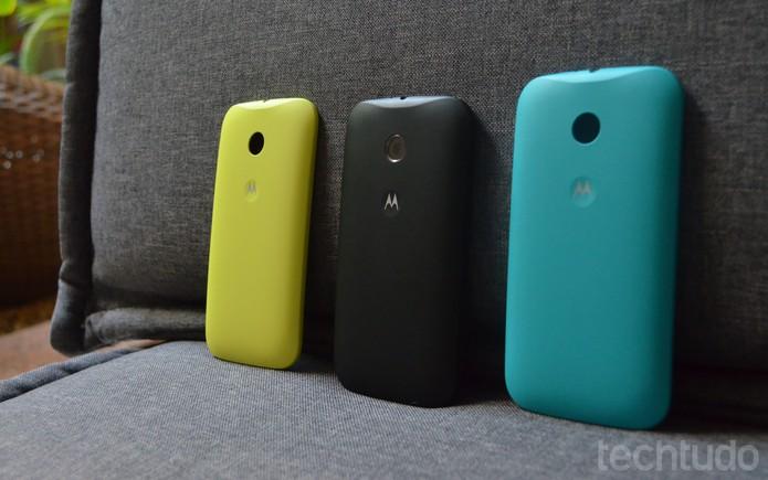 O Moto E vem com capas de cores diferentes para deixar o aparelho com o seu estilo (Foto: Laura Rezende /TechTudo)