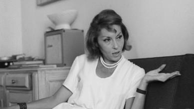 Clarice Lispector durante entrevista para O GLOBO, em março de 1964