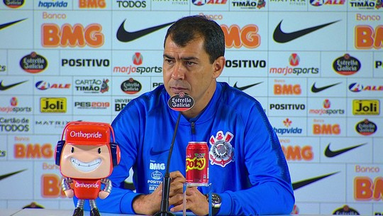"Fábio Carille destaca evolução do time e elogia pegada no clássico: ""É o DNA do Corinthians"""