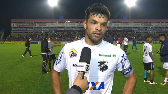 """""""Vamos pensar jogo a jogo"""" diz Marcio após derrota para o Paraná"""