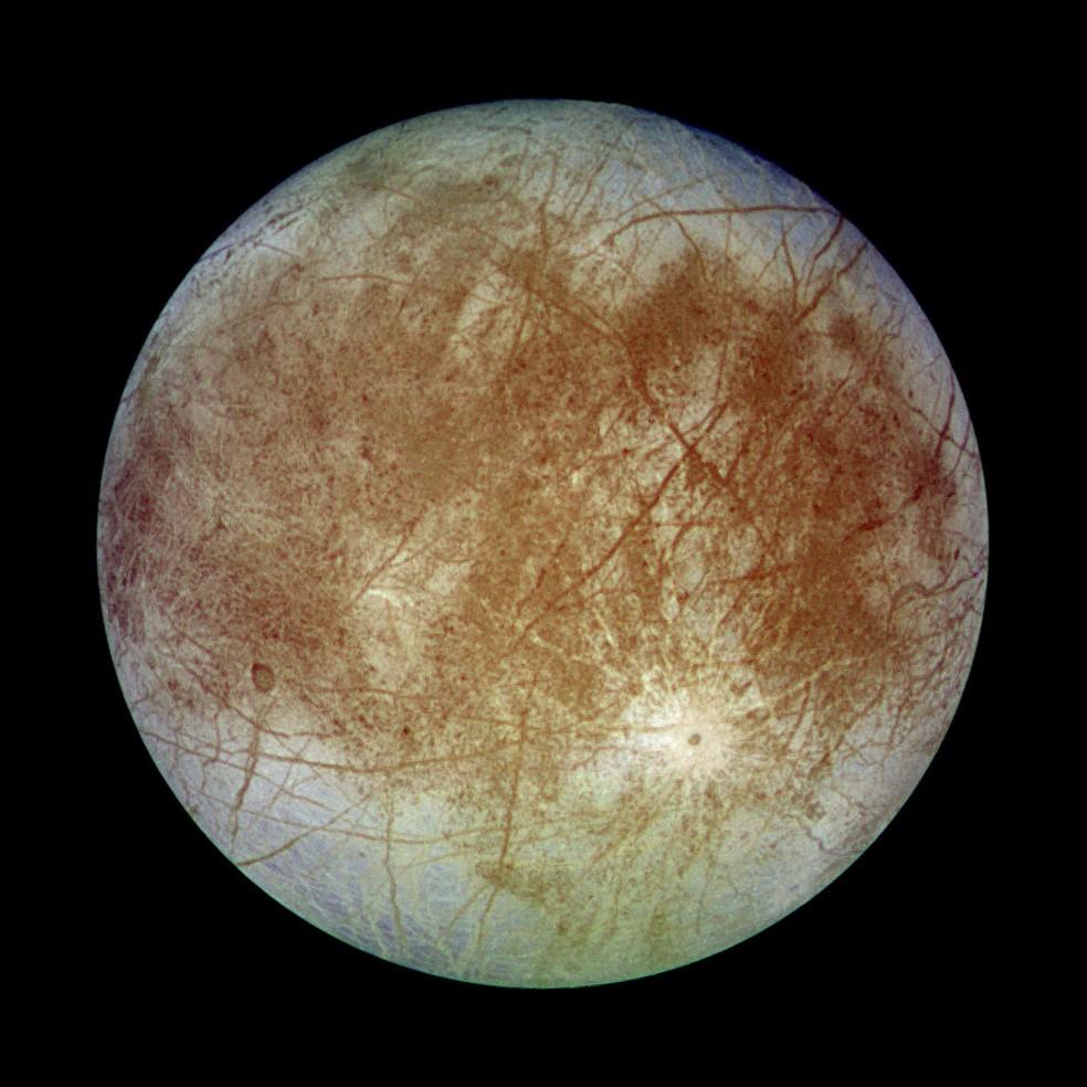 Europa vista pela sonda Galileo — Foto: Nasa