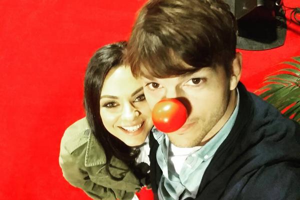 Ashton Kutcher e Mila Kunis estão casados desde 2015 (Foto: Instagram)