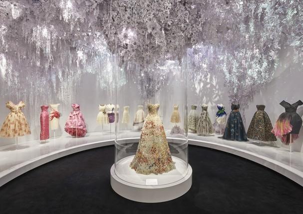 Exposição Dior Designer Of Dreams V&a (Foto: Divulgação/ Adrien Dirand)