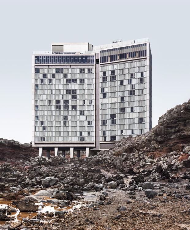 O Standard Hotel é uma construção famosa completa em 2009 pela empresa Ennead Architects  (Foto: Anton Repponen)