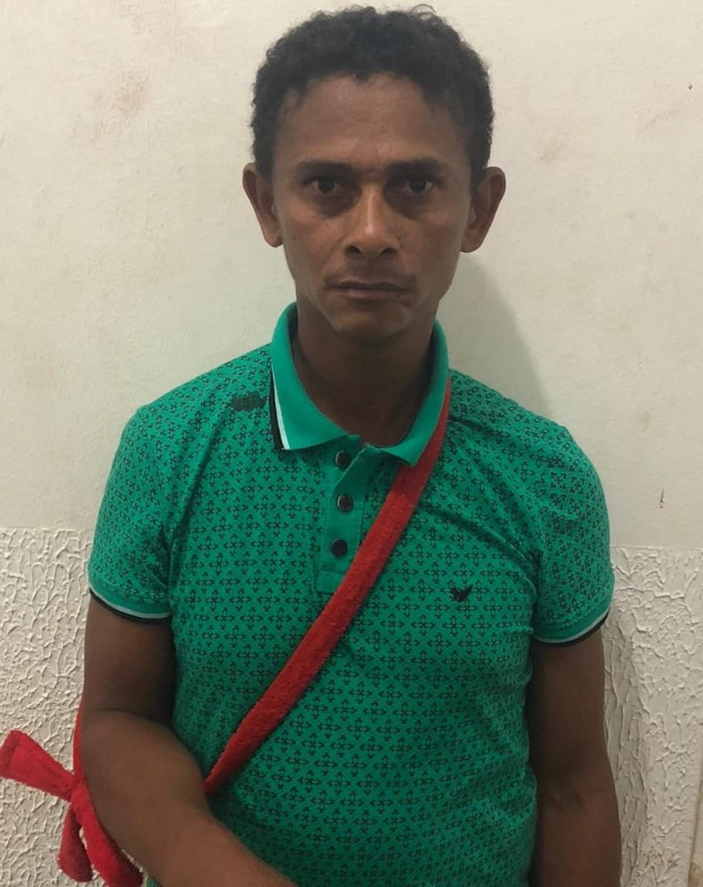 Gilvan Sousa Luiz é suspeito de ter abusado sexualmente de uma criança de apenas 5 anos em Impertariz — Foto: Divulgação/Polícia