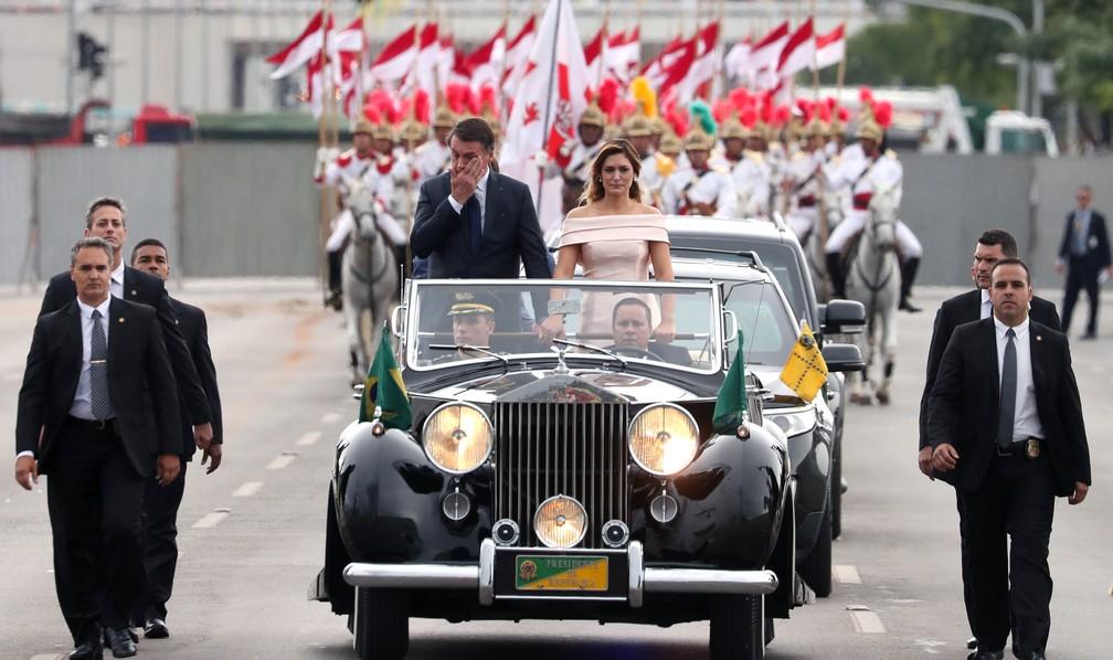 Jair Bolsonaro, e sua esposa, Michelle Bolsonaro — Foto: Ricardo Moraes/Reuters