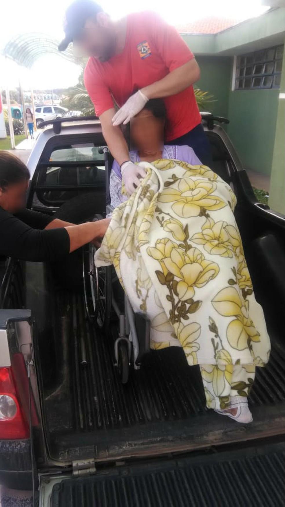 A ambulância utilizada pelos bombeiros comunitários, segundo o órgão, está quebrada. (Foto: João Weliton/Divulgação)