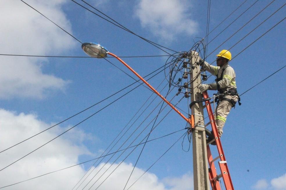 Concessionária foi notificada pelo MPF, MPPA e DPE, para não realizar cortes de energia no período do Natal e Ano Novo no Pará — Foto: Catarina Costa/G1