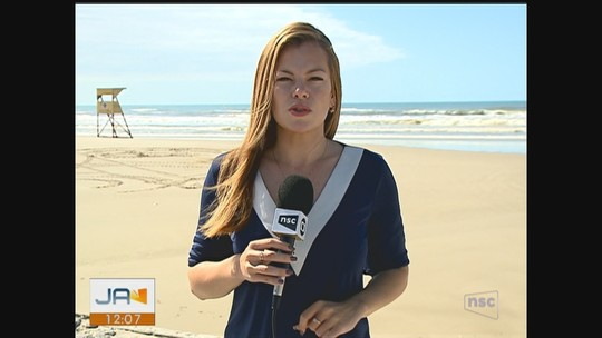Corpo de homem é encontrado em faixa de areia em Balneário Arroio do Silva