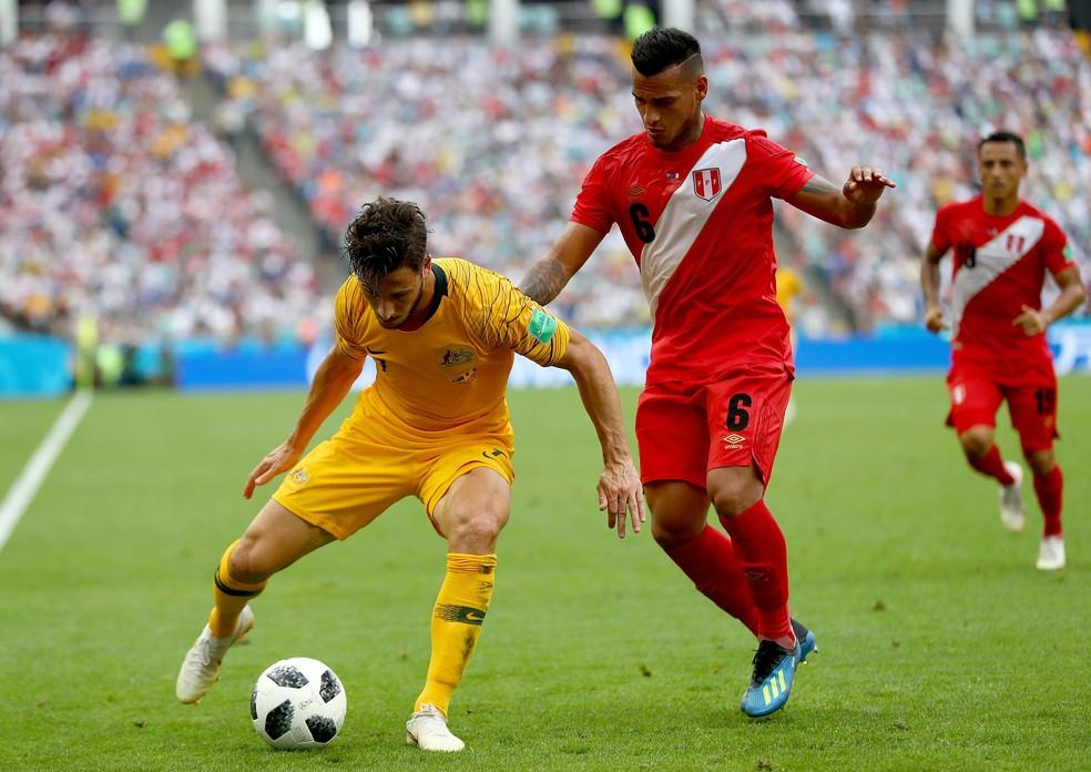 Trauco em jogo pela seleção: lateral não se reapresentou ao Fla (Foto: Getty Images)