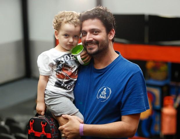 Anderson e o filho Artur no Festival CRESCER (Foto: Alexandre Di Paula)