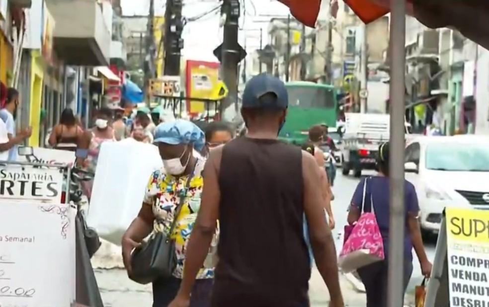 Após acordo entre comerciários e lojistas, comércio de Salvador vai funcionar no feriado de Corpus Christi — Foto: Reprodução/TV Bahia