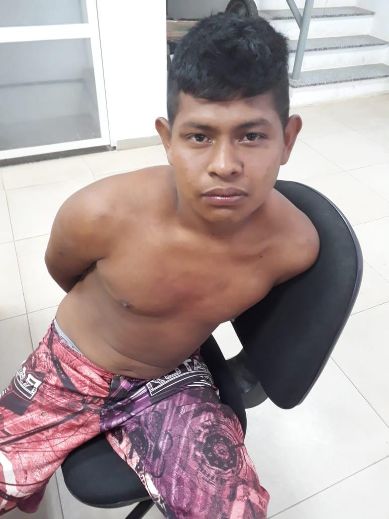 Policial de folga prende suspeito de roubar celulares de venezuelanos em Boa Vista