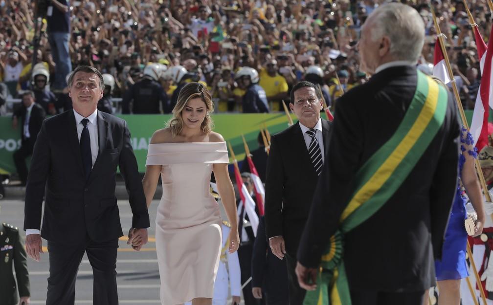 Bolsonaro chega ao Planalto para receber a faixa presidencial  — Foto: Evaristo Sá/AFP