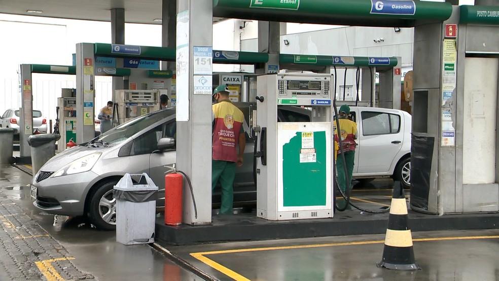 Funcionário de posto de combustíveis no ES denunciou agressão de PM — Foto: Reprodução/TV Gazeta