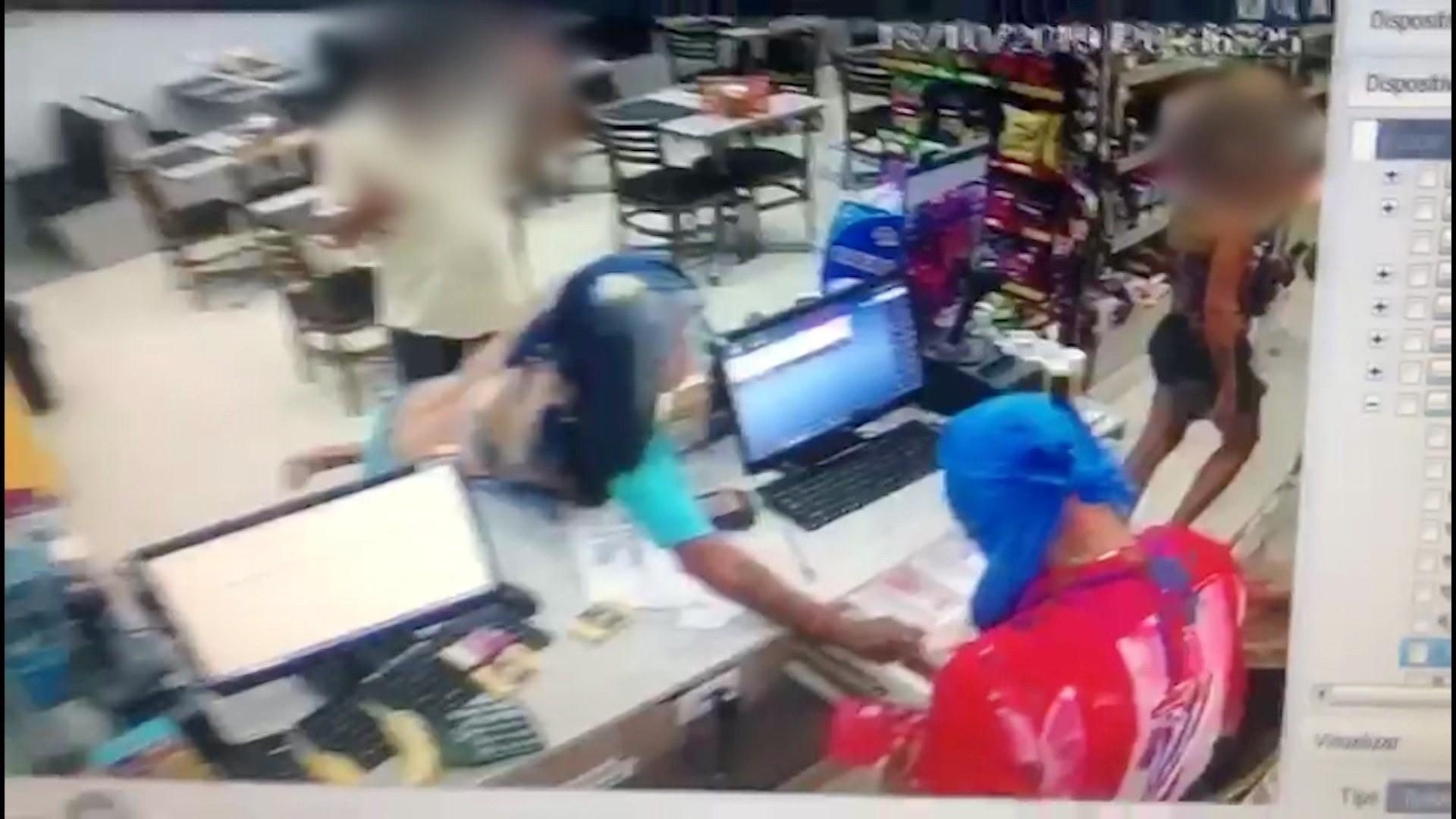 Câmera flagra assalto a padaria em São José dos Campos; veja vídeo - Notícias - Plantão Diário
