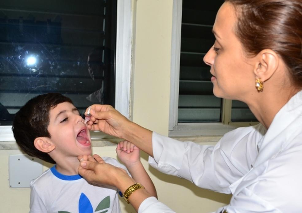 Crianças menores de cinco anos de idade devem se vacinar contra poliomielite (Foto: Paulo Goeth/Divulgação)