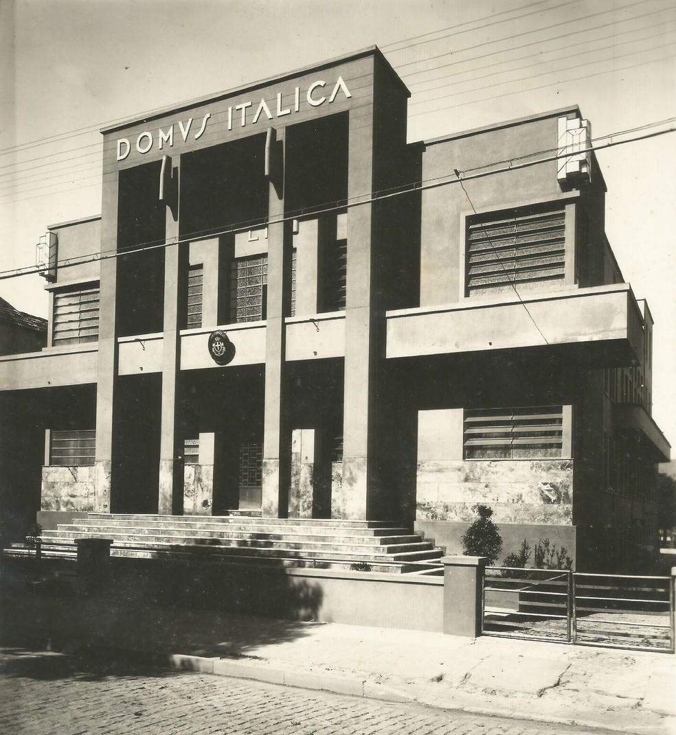 Prédio da Casa d'Itália em 1939, quando foi inaugurado em Juiz de Fora — Foto: Márcio Arcuri/Arquivo Pessoal