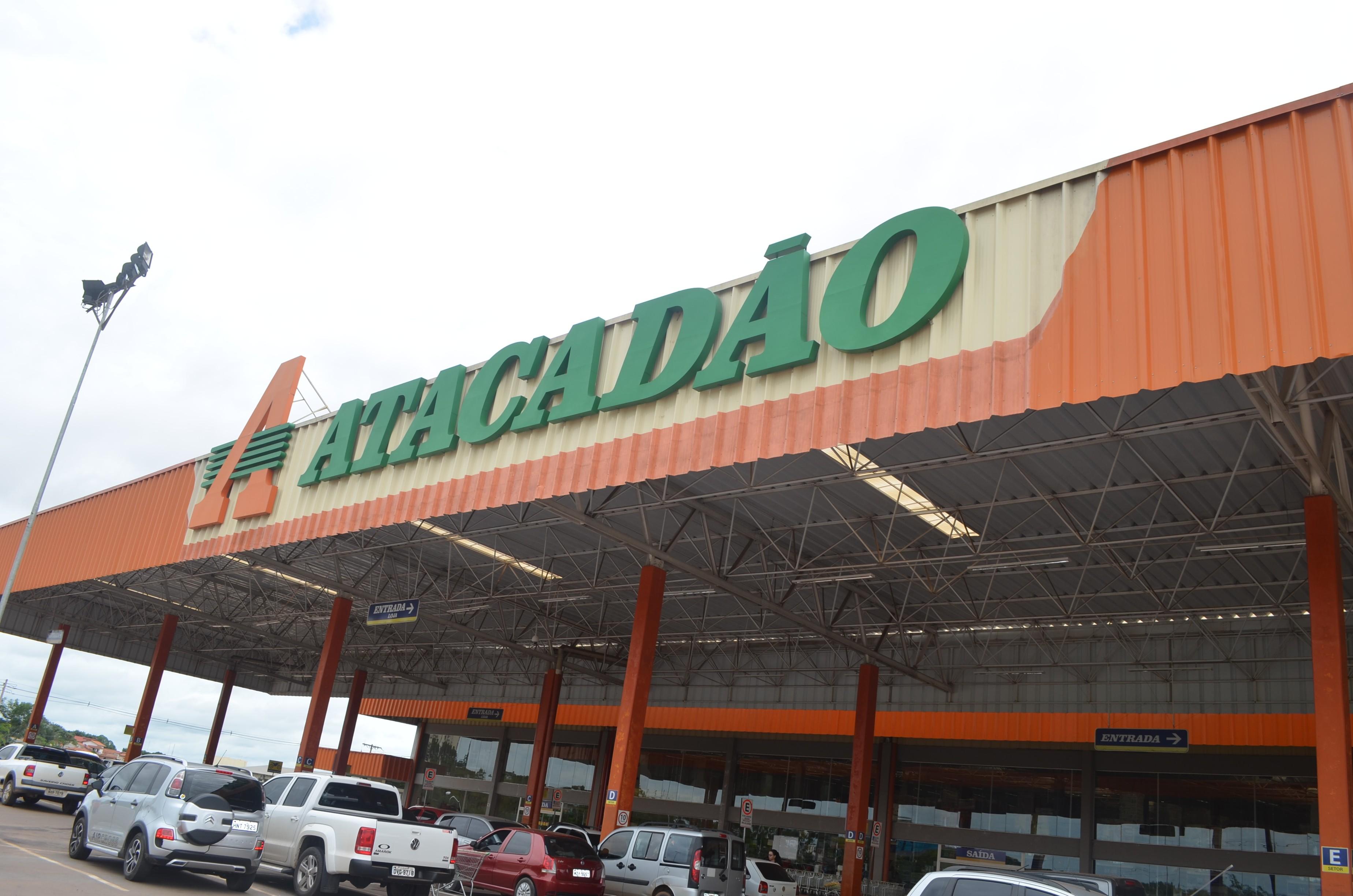 Carrefour Brasil conclui conversão de lojas Makro em bandeira Atacadão