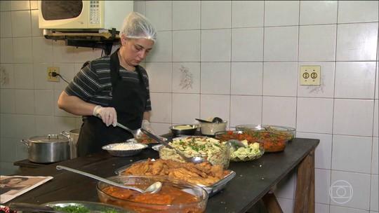 Brasileiros que trabalham por conta própria procuram a formalização