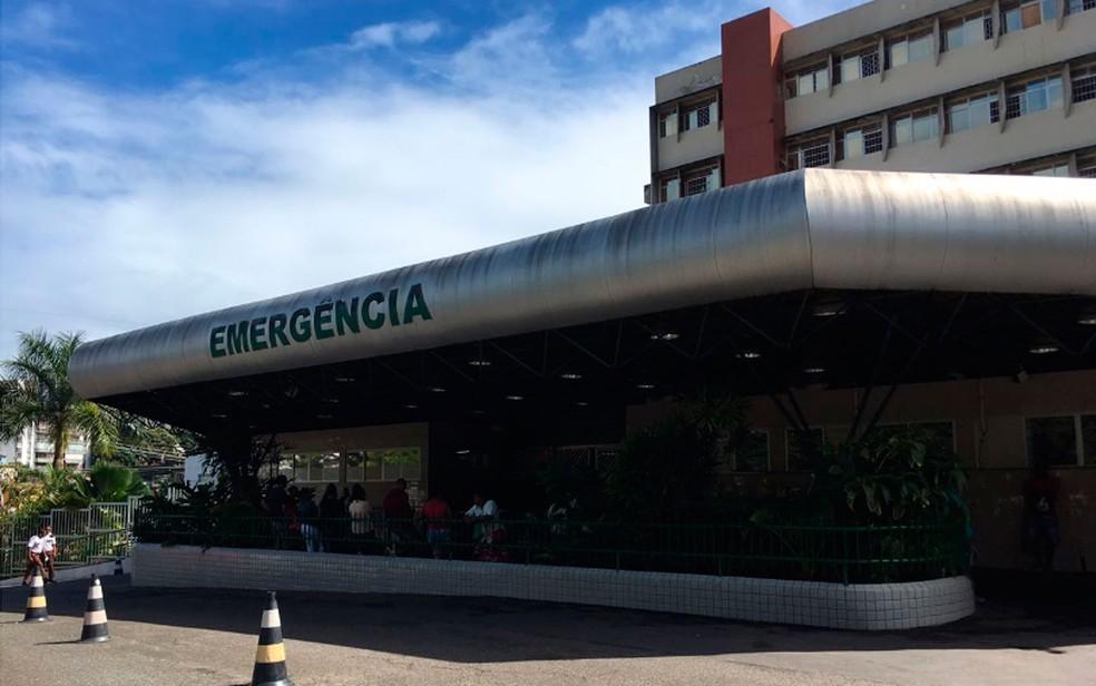 Criança está internada no Hospital Geral do Estado (HGE), em Salvador — Foto: Maiana Belo/G1 BA