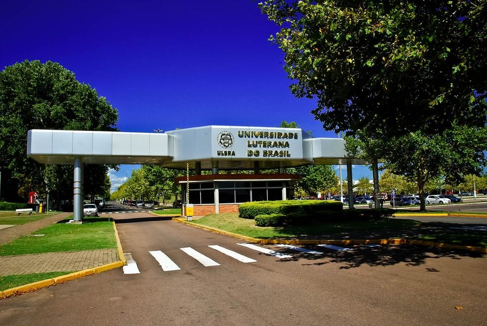 Mantenedora da universidade alega crise no setor para realizar reajuste no quadro docente, mas não informa número de demissões — Foto: Divulgação/Ulbra