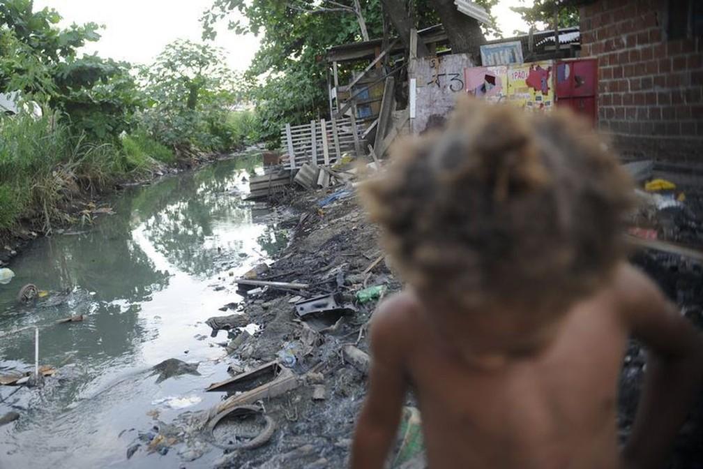 Pesquisa do IBGE mostrou que todas as faixas de pobreza tiveram aumento no Brasil na passagem de 2016 para 2017 — Foto: Fernando Frazão/Agência Brasil