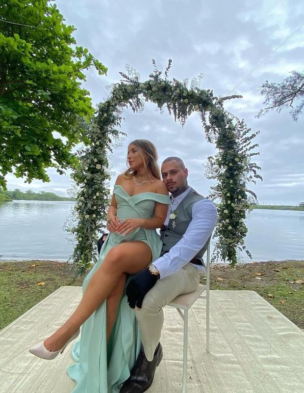 Léo Stronda e a namorada, Yasmin Afonso (Foto: Reprodução/Instagram)